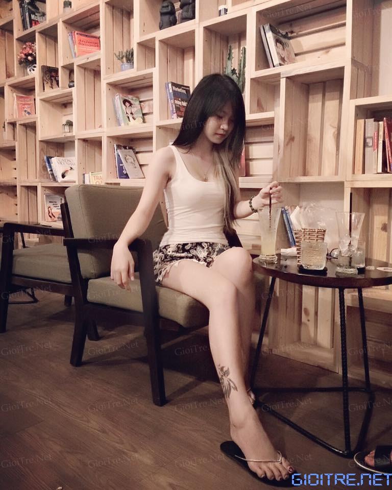 Linh Trần: Nhà em bán lịch đó =))