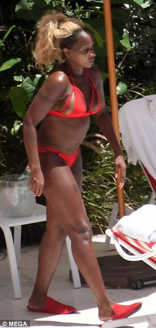 Mary J. Blige Sunbathes In Red Bikini