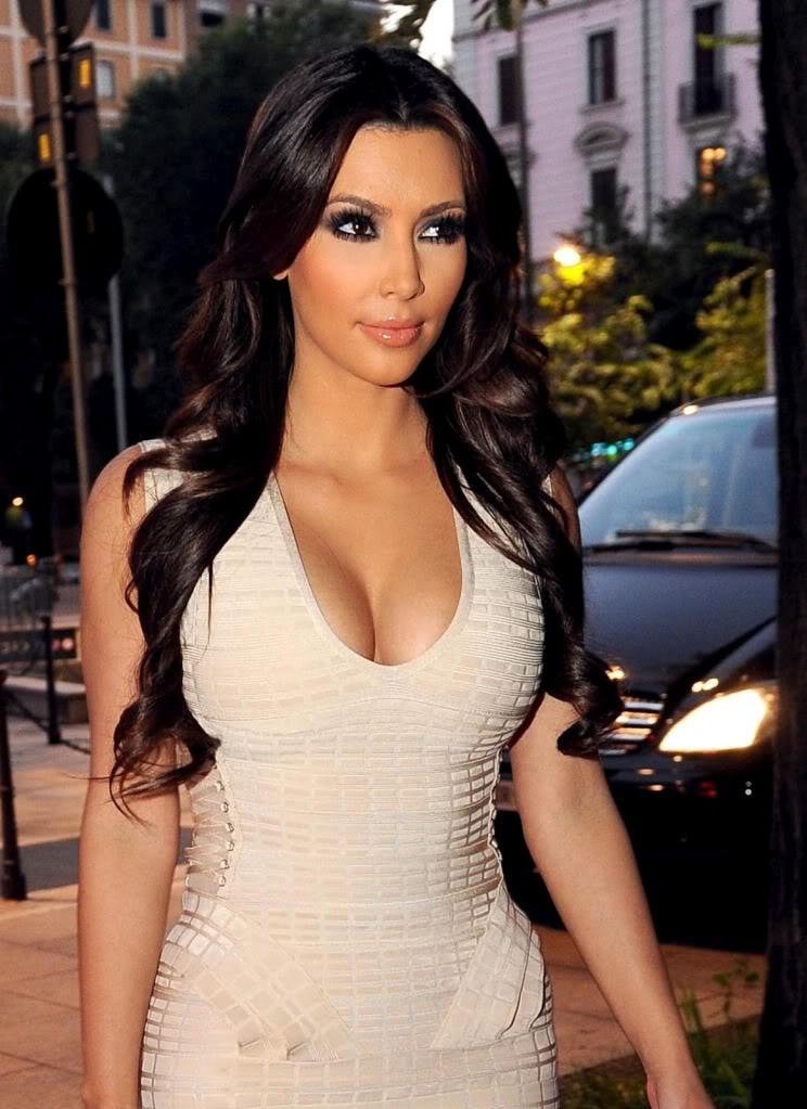 Kim Kardashian Interviews Kylie Jenner About Her Best: Kim Kardashian Profile And Latest Pictures 2013