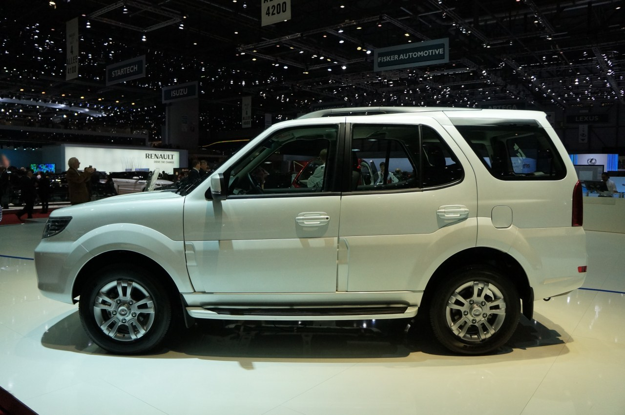 Tata safari storme cars prices wallpaper specs review - Safari car wallpaper ...