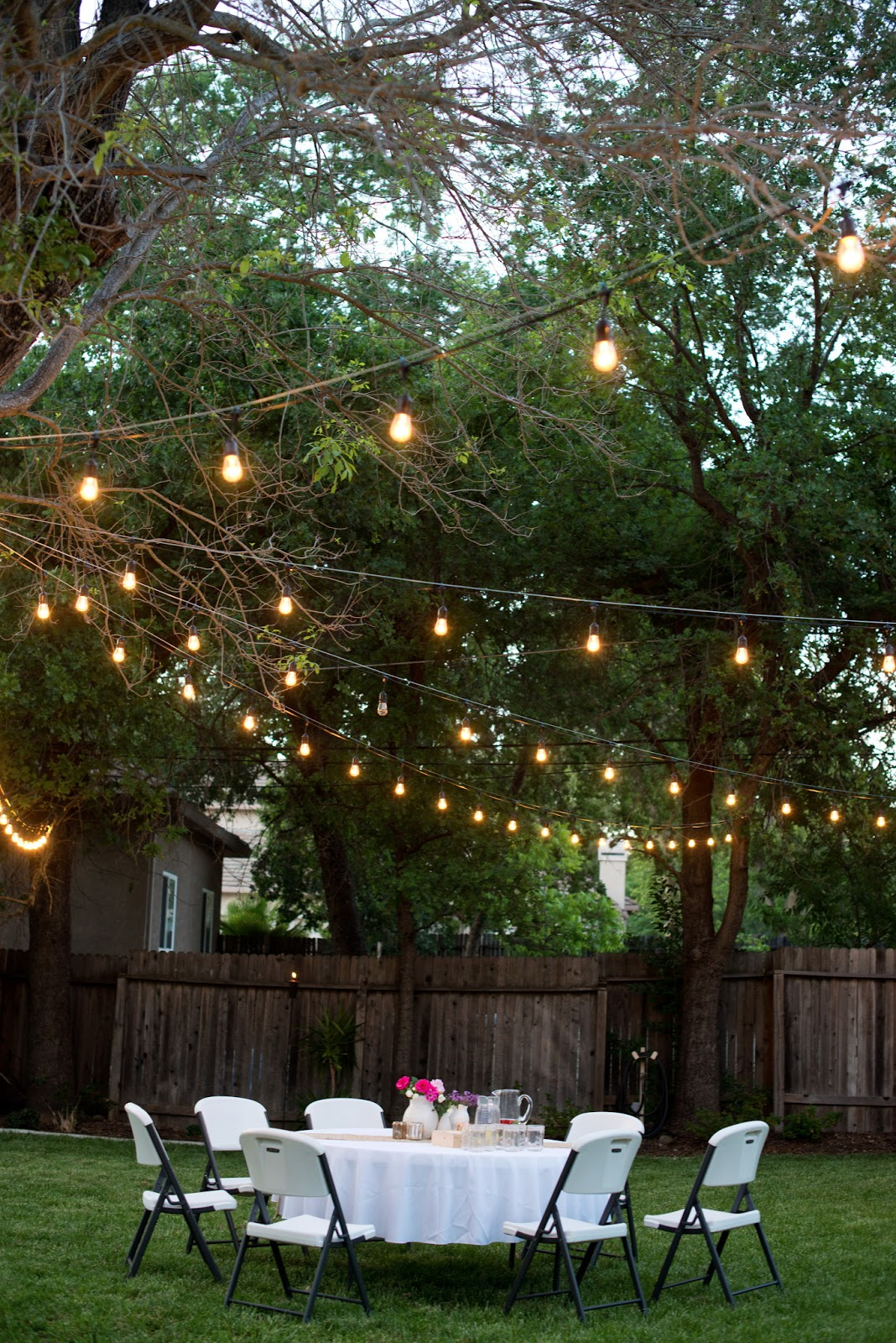 Domestic Fashionista: Backyard Anniversary Dinner Party