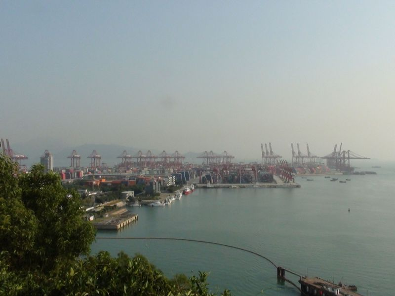 PROGNOSIS: More Mega Ships Predicted to Call at Key Shenzhen Hub