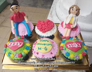 Cupcake Ulang Tahun Cowok dan Cewek Romantis