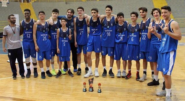 Minastenistas ficaram com o bronze no sub15 [Divulgação/Torneio de Franca]