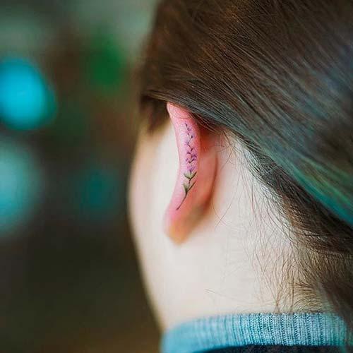 kulak kemiği çiçek dövmesi ear flower tattoo