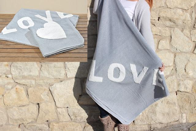Měkká deka LOVE