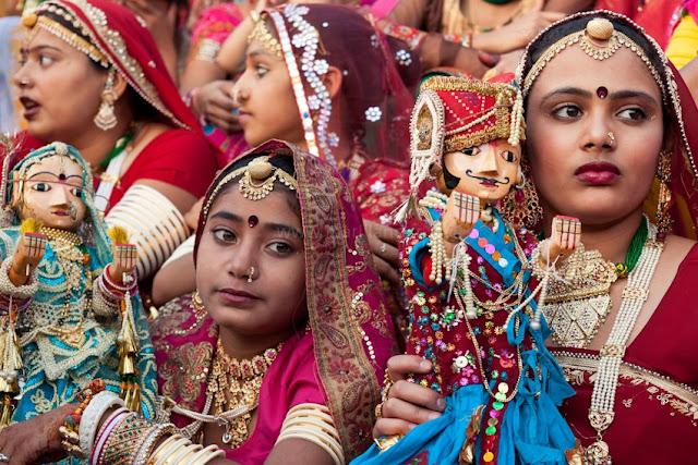 Gangaur-festival-in-Jaipur-Rajasthan-India