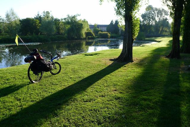 De Paris à la Rochelle en vélo couché, les bords du Loir
