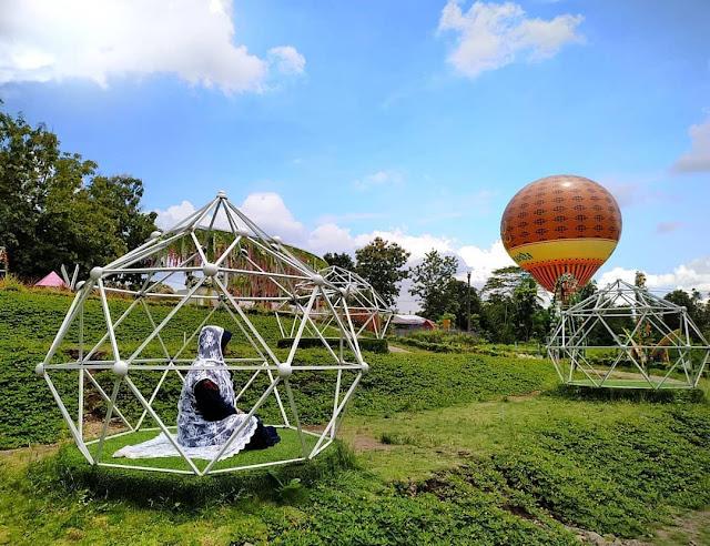 Wisata kembang langit turi sleman - Alamanda Garden Turi Sleman