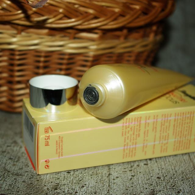 [Beauty] Douglas Nutrifocus Exfoliating Cream Kokum Butter & Apricot Oil Gesichtspeeling