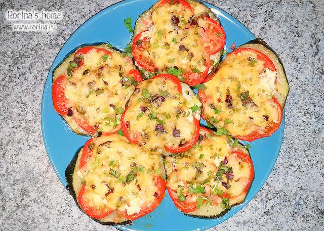 Кабачки с помидорами и сыром в духовке