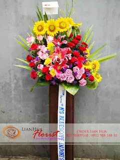 bunga standing flowers, bunga ucapan pernikahan, bunga ucapan selamat & sukses, congratulations flowers, toko bunga jakarta, karangan bunga pernikahan