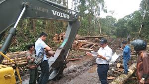 Escavator Penebangan Kayu di Desa Partungkonaginjang Raib Dari Lokasi