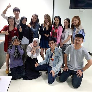 ครูสอนภาษาญี่ปุ่น ภาษาจีน ภาษาเกาหลี ภาษาเยอรมัน ภาษาฝรั่งเศษ ภาษาอังกฤษ