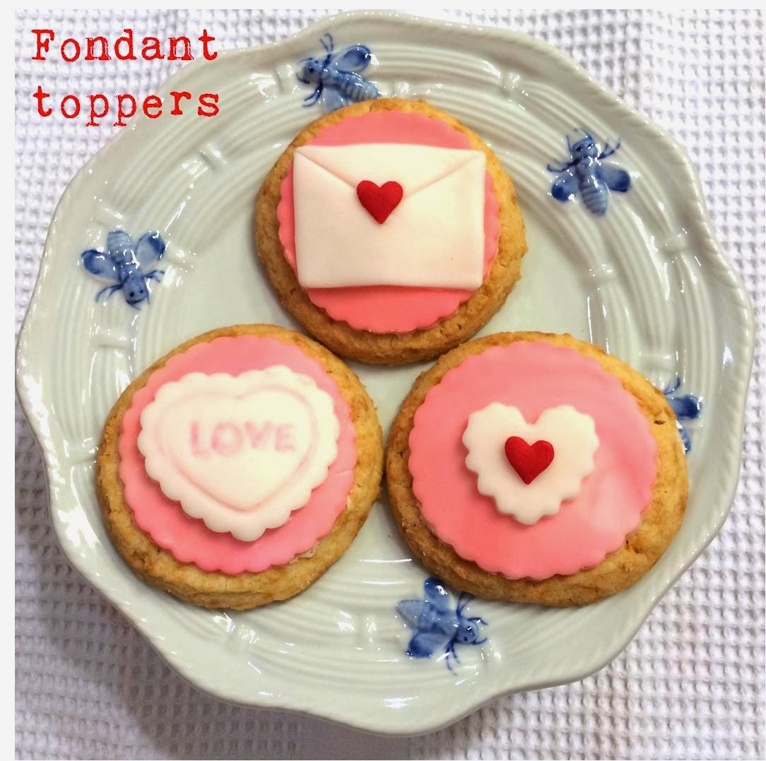 Sugar Baby Bakes Valentine S Day Fondant Toppers For Cupcakes Or