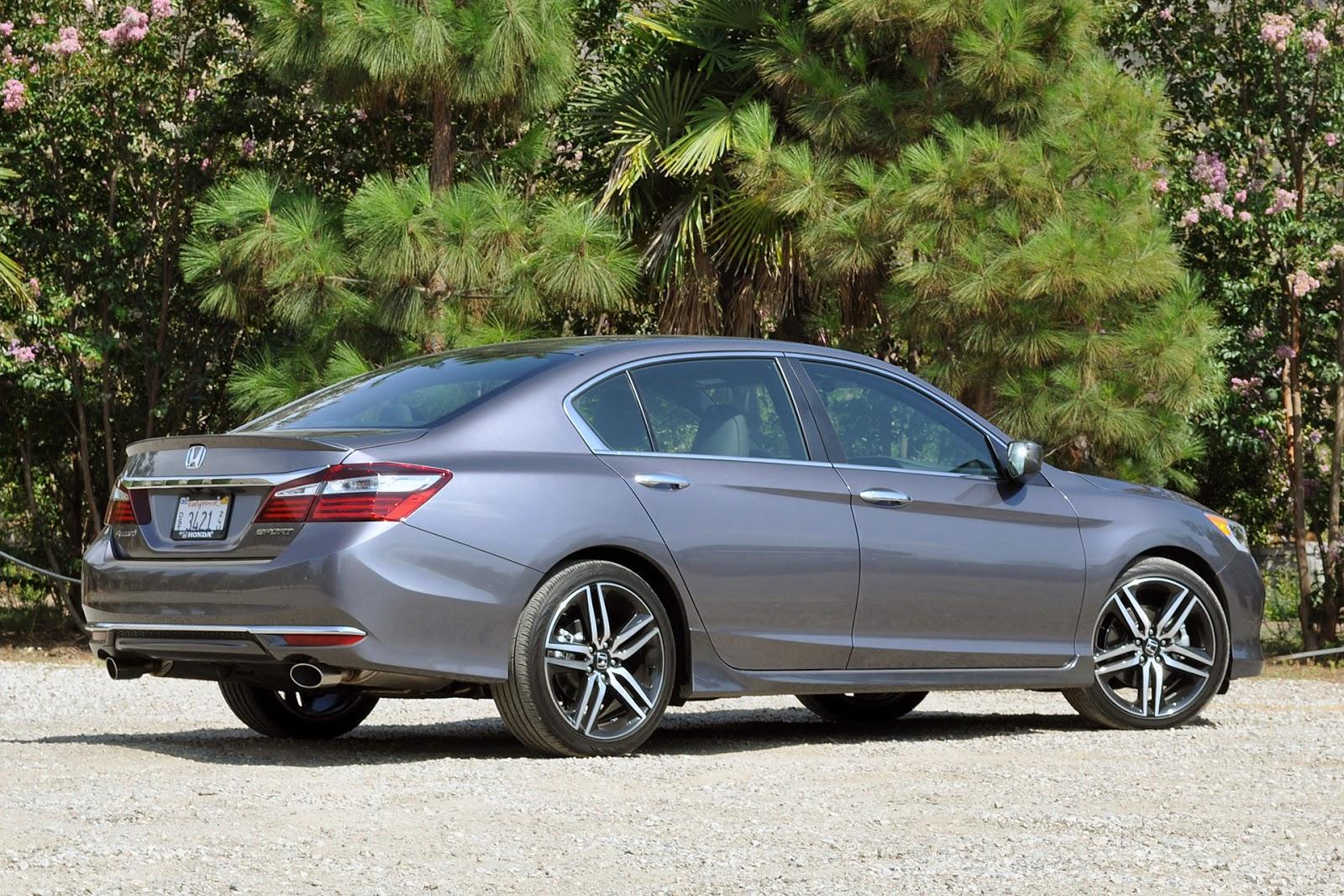 Rỏ ràng Honda Accord 2016 có nhiều điểm giống với dòng 3 Series của BMW