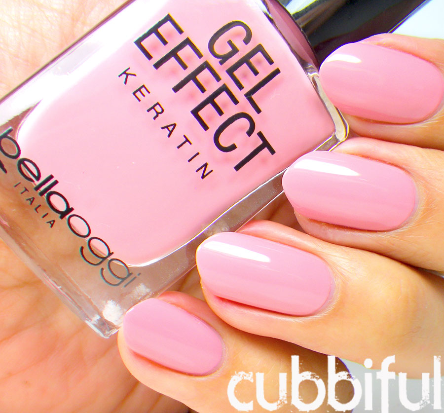cubbiful: Feather Nails wtih Bellaoggi Strawberry Ice