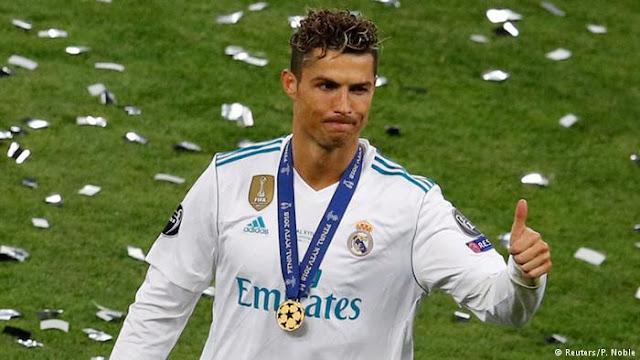 أفضل لاعب كرة قدم