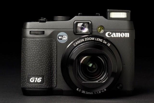 d105421e8 لدى كاميرا PowerShot G16 مواصفات تتطابق من نظامى DSRL و CSC ولكن للأسف  يعيبها جهاز الإستشعار الصعيف نسبيا