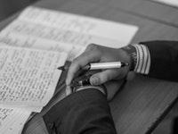 Edebi Metinlerde Gözlemci Bakış Açısı Özellikleri ve Örnekleri