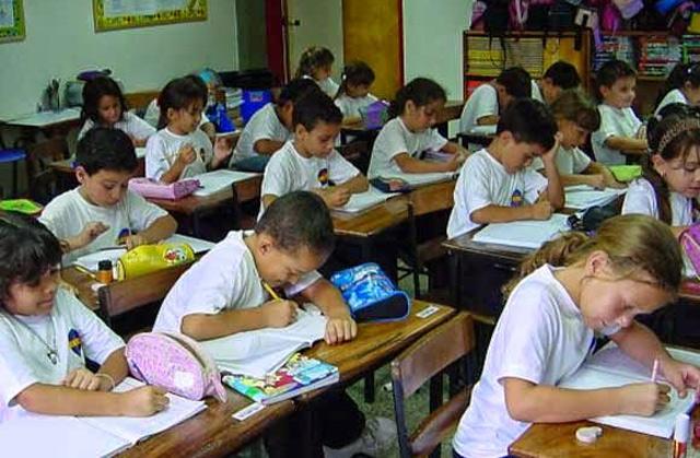 estudiantes-zulianos-inician-clases-este-lunes