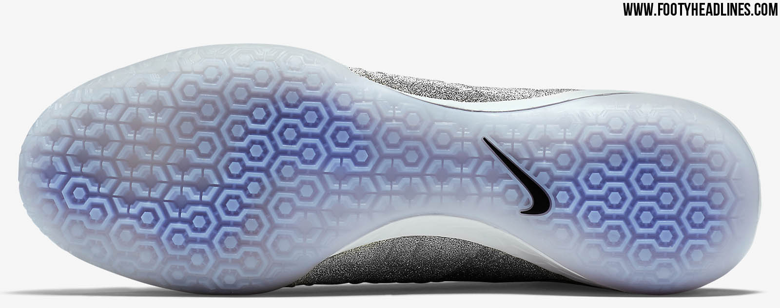 efc185e92 ... ebay the nike mercurial x proximo se ic cr7 boot is available as  limited edition at