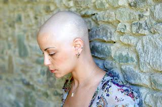 تفسير الاصابة بمرض السرطان في الحلم
