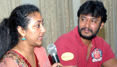 Senior actor Ambareesh has stepped in to make peace between the squabbling couple – Kannada superstar Darshan and his wife Vijayalakshmi.   But there is a sense that given the history of acrimony between the two, any patch up would soon give way to next round of conflict.