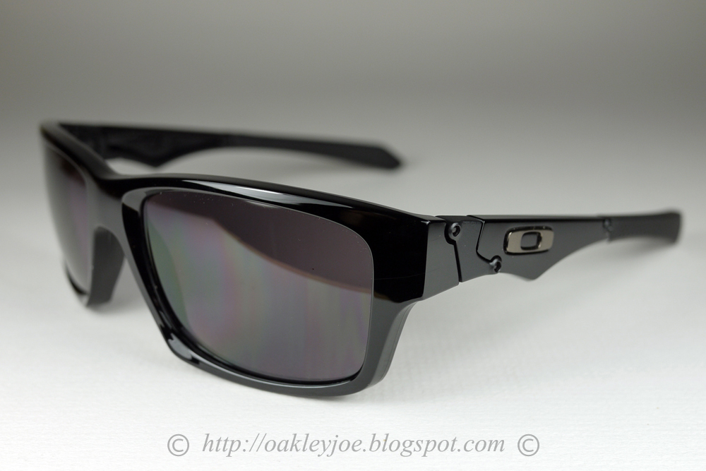 1d91d6baaa61a OO9135-11 Jupiter Squared Valentino Rossi polished black + fire iridium   250 lens pre coated with Oakley hydrophobic nano solution