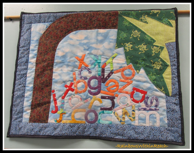 photo of: Chicka Chicka Boom Boom Quilt in Kindergarten (Tree RoundUP via RainbowsWithinReach)