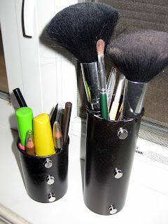 Tablodan Makyaj Malzemeleri için Aparat