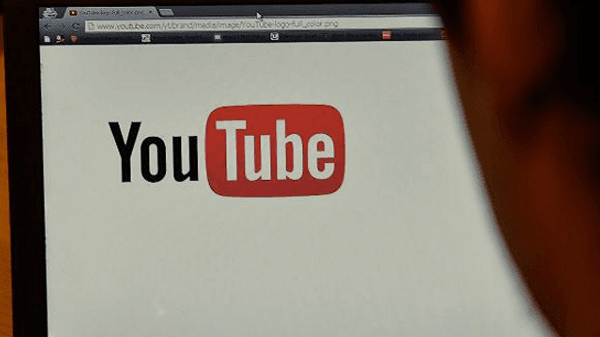 A group of world renowned companies pull over their advertising from YouTube.