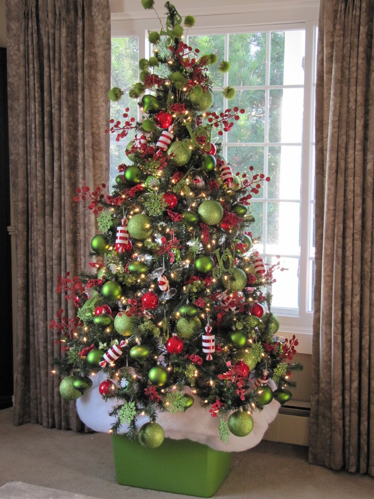 Sew Many Ways...: Christmas Home Tour 2011...Front Door To ...