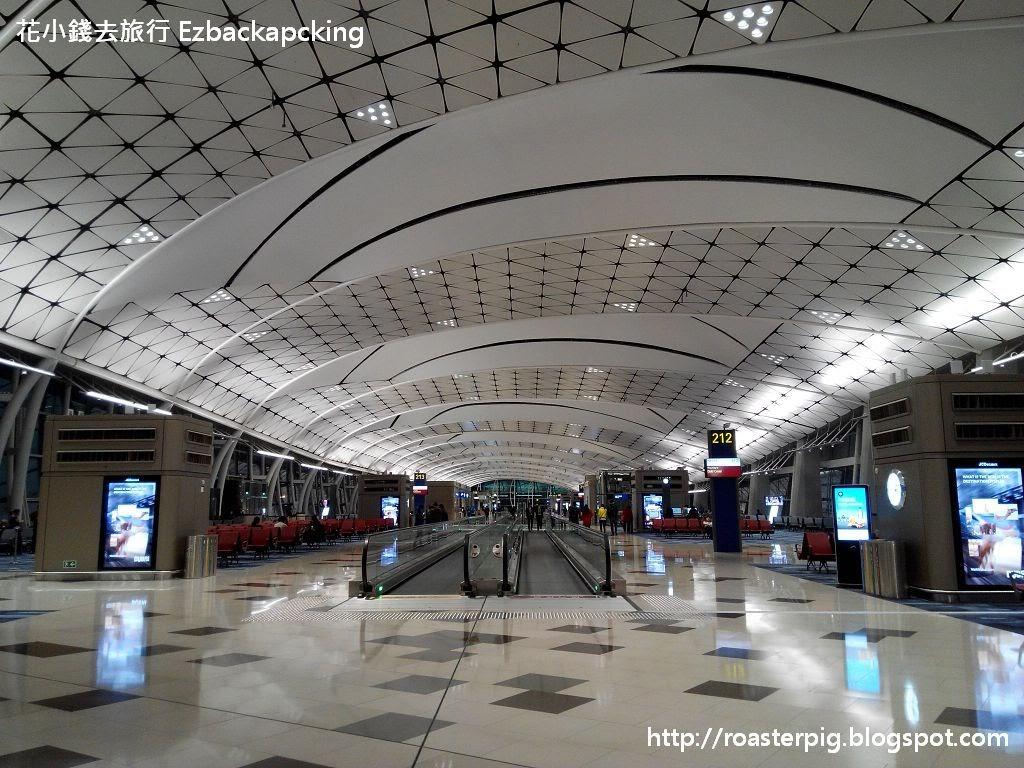 香港機場 中場客運廊 遊記實拍 - 花小錢去旅行