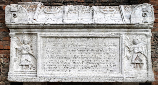 The tomb of Doges Jacopo and Lorenzo Tiepolo, Santi Giovanni e Paolo, Venice