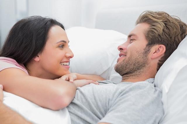 أهم الأغذية التي تؤثر على رغبة الزوجين في العلاقة الحميمية؟