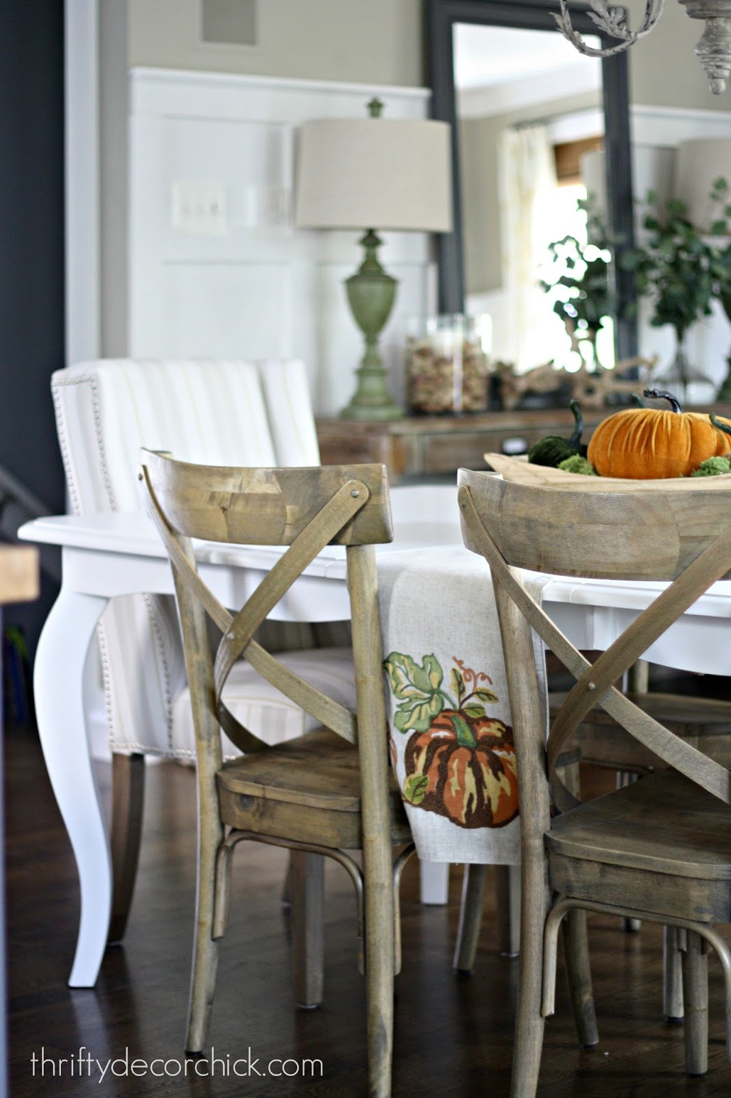 How to Paint a Kitchen Table from Thrifty Decor Chick