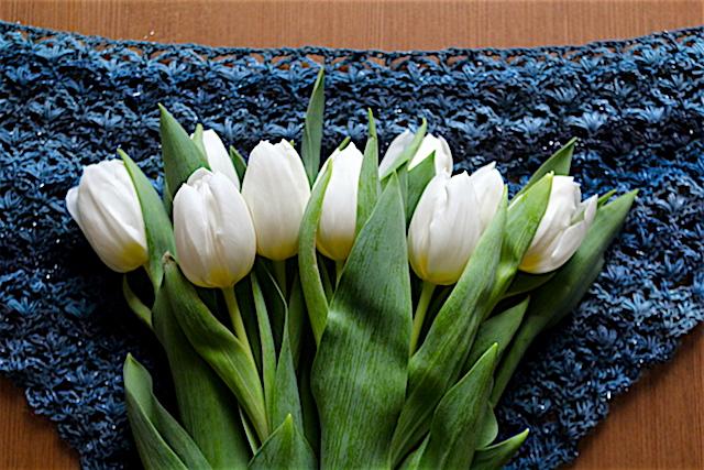 https://2.bp.blogspot.com/-s3qnXewzgo8/Wl2zAX2QBUI/AAAAAAAAUqo/6tZdM1v7sfYjSJFGrFZrXA0YRVgWs5AfQCEwYBhgL/s1600/tulips.jpeg