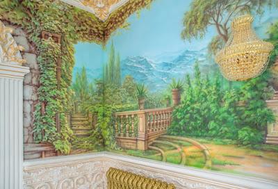 Нанесение фрески на стену в Волгограде - Алексей Захаров