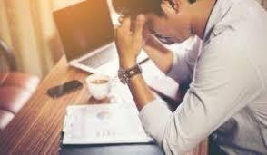 desiludido com mercado de trabalho