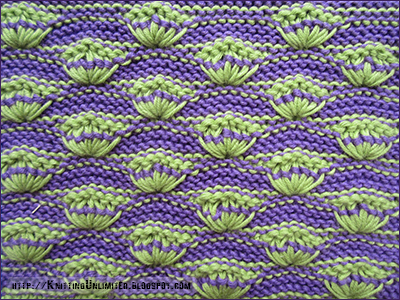 Shells on Garter-Stitch Background  - Wrong side