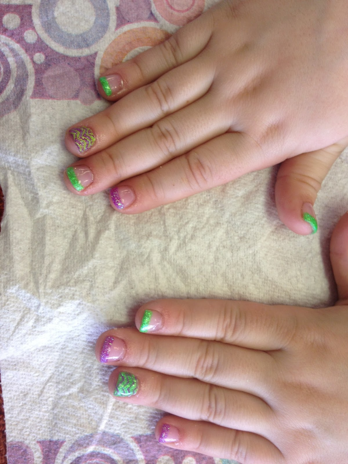 Passion For Fashion! : Spring Break Nails!