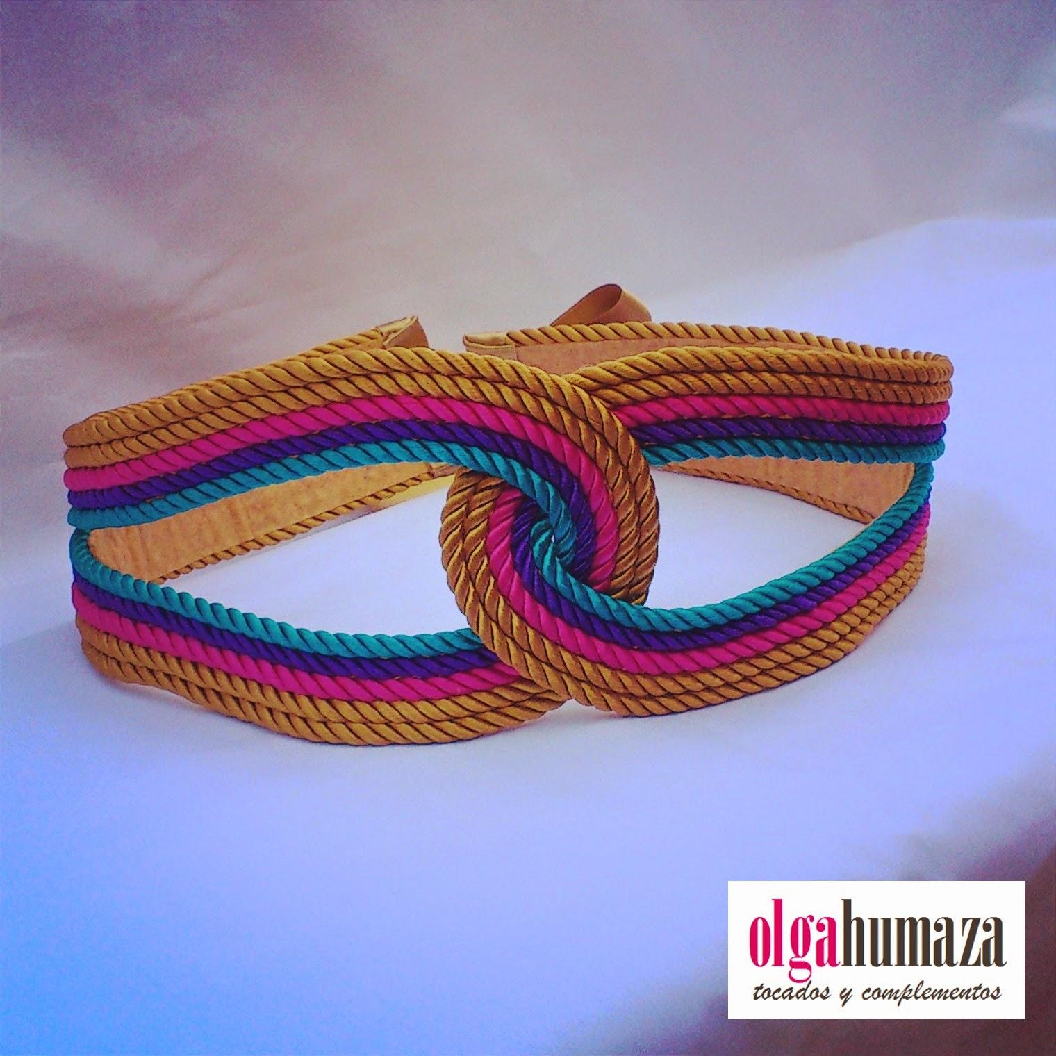 http://olgahumaza.blogspot.com.es/2014/07/c06-cinturon-cuerda-pasamaneria-colores.html