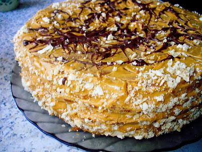 Торт с арахисом и вареной сгущенкой
