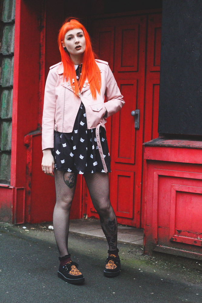 Alternative Fashion Foxxtailz Blogger in Blue Banana