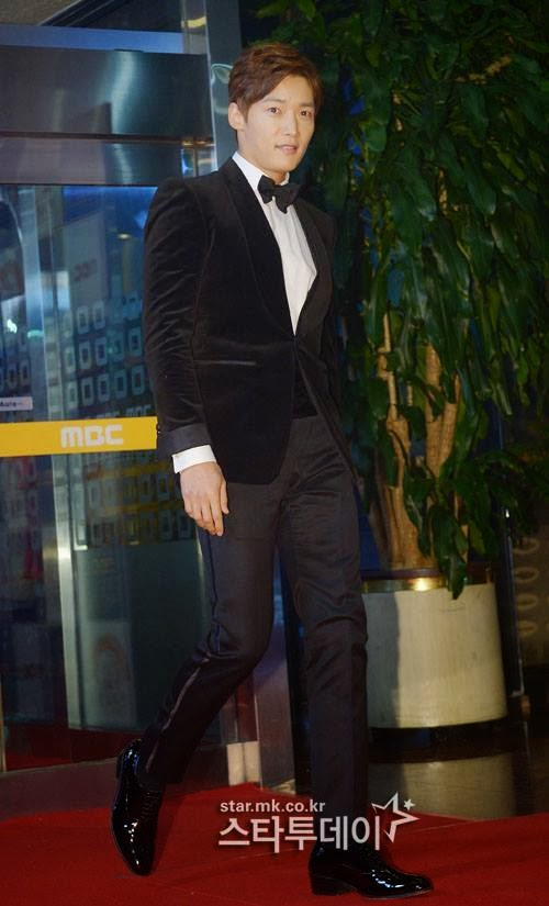 Choi Jin Hyuk '2013 MBC Drama Awards ' red Carpet 30