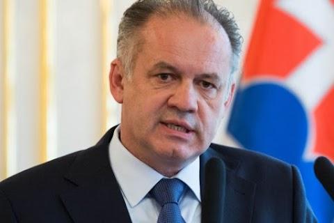 """Megvétózta a szlovák """"himnusztörvényt"""" Andrej Kiska államfő"""