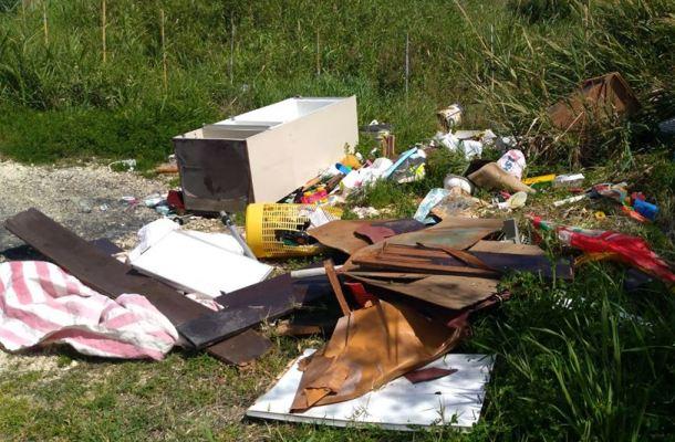 abbandono-di-rifiuti
