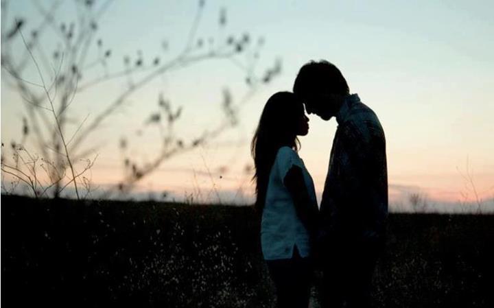 Cute Couples Kissing Tumblr