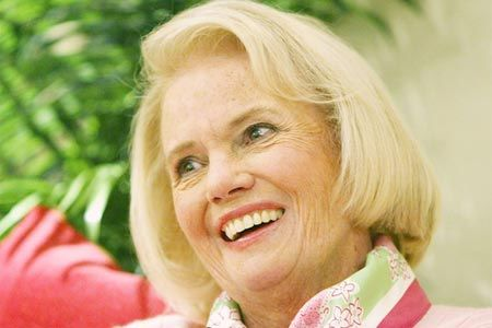 Lilly Pulitzer Populer socialite and fashion designer